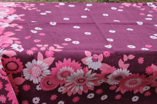 vintage floral print kitchen tablecloth, cotton barkcloth fabric w/ printed flowers