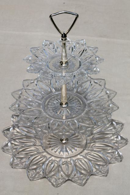 Vintage Flower Petal Federal Glass Serving Pieces Amp Tiered