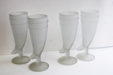 vintage frosted glass drinking horns, powder horn shaped beer glasses, Tiara Indiana glass