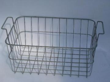 Vintage Galvanized Wire Basket Storage Bin W/ Tote Handles, For Garden /  Kitchen