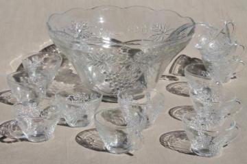 vintage glass punch set, harvest grapes pattern clear glass punch bowl & cups