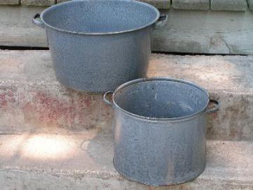 vintage graniteware, two big pots