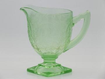 vintage green depression glass creamer, horseshoe patttern cream pitcher
