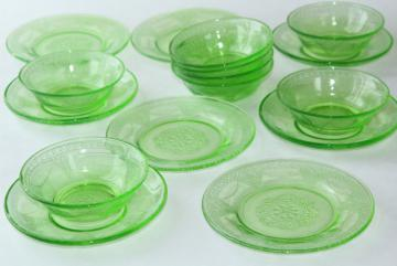 vintage green depression glass plates & bowls, Federal Georgian Lovebirds pattern dishes