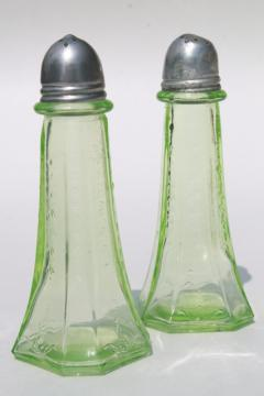 vintage green depression glass salt and pepper shakers, Anchor Hocking Princess S&P