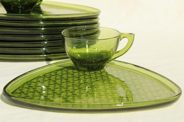 Vintage Green Glass Snack Sets Daisy And Button Triangle Tray : luncheon plates with cup holder - pezcame.com