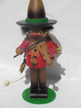 vintage gypsy baron wooden Steinbach smoker, wood figure w/ music box