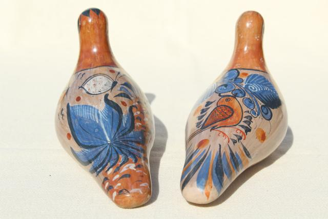 vintage hand painted Mexican pottery doves, burnished clay Tonala birds