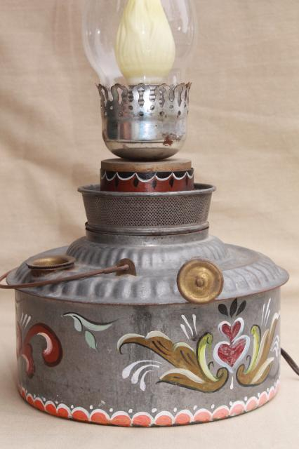 vintage hand painted rosemaling tole tin oil lamp, primitive antique kerosene can light