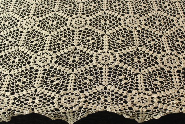 vintage handmade crochet cotton lace tablecloth, round table cover w/ stars pattern