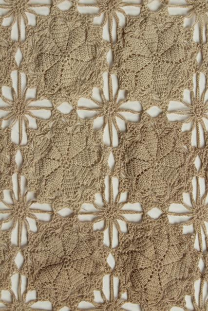 vintage handmade crochet lace table runner, ecru cotton w/ lacy spider web motifs