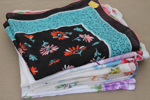 vintage hankies lot, print cotton & linen hankerchiefs w/ flowers & signed designer prints