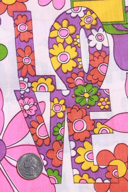 Vintage Hippie Love Flower Power Daisy Graffiti Print