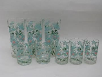 vintage iced tea & juice glasses w/ cornflowers, 1950s aqua & pink