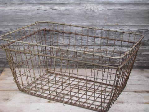 Superieur Vintage Industrial Wire Storage Bin, Large Primitive Wirework Laundry Basket
