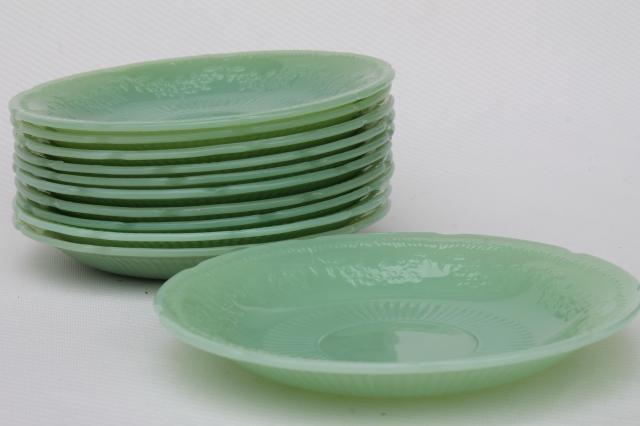 vintage jadeite saucer plates Fire-King Alice jadite set of 10 matching saucers & vintage jadeite saucer plates Fire-King Alice jadite set of 10 ...