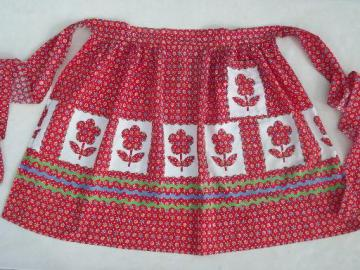 vintage kitchen apron, rick-rack print printed applique tulips cotton fabric
