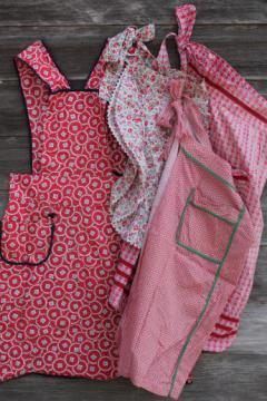 vintage kitchen aprons, red & white print cotton pinafore smock & half aprons