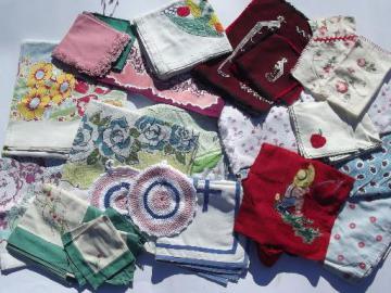 Vintage Kitchen Linens Lot, 30+ Pcs Print Tablecloths, Towels, Potholders