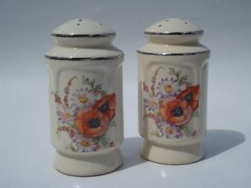 vintage kitchen range S&P shakers, poppy & daisy Universal pottery