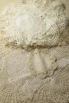 vintage lace doilies & table mat centerpieces, shabby chic crochet doily lot
