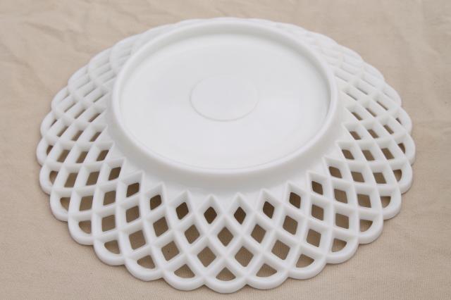 Vintage lace edge milk glass large centerpiece dish w