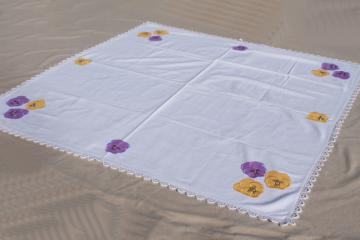 vintage lace edged cotton tablecloth for luncheon / card table, appliqued pansies flowers