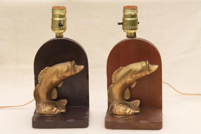 vintage lamps w/ cast metal fish, wood bookends lamp set, rustic fishing camp cabin style