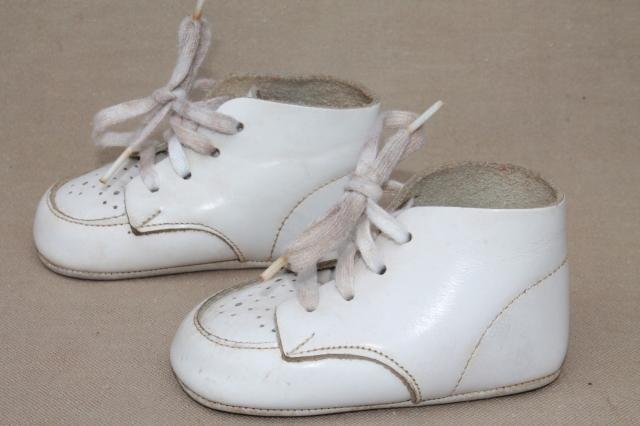 8d7169039b75 vintage leather baby shoes