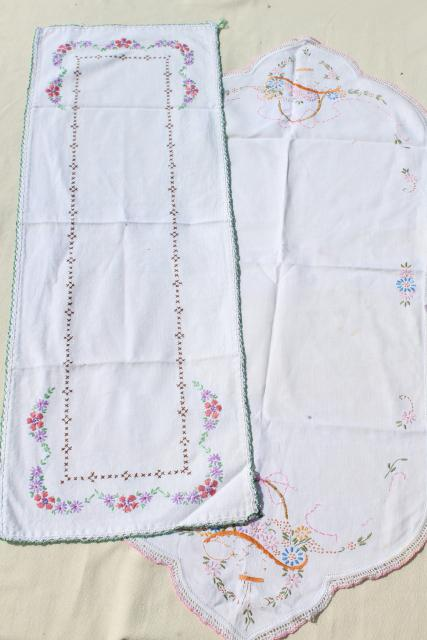 vintage linens lot, embroidered table runners w/ crochet lace edging, hand stitched embroidery