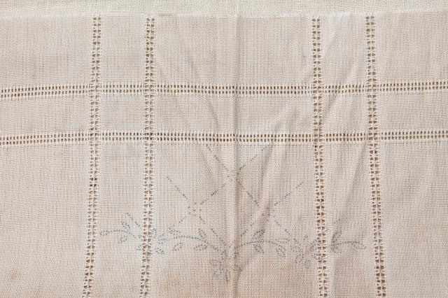 vintage linens stamped for embroidery, beautiful old cotton table runners to embroider