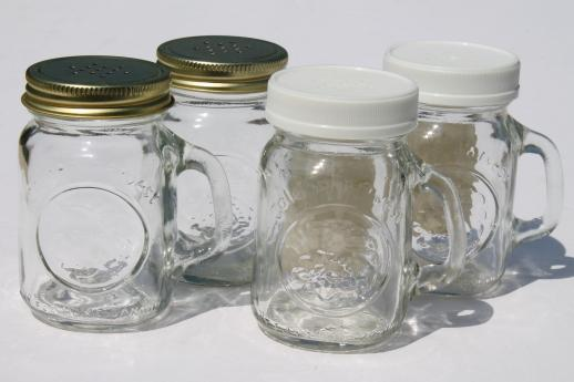 vintage mason jar spice jars or s p shakers mini mason jar mugs w shaker lids. Black Bedroom Furniture Sets. Home Design Ideas
