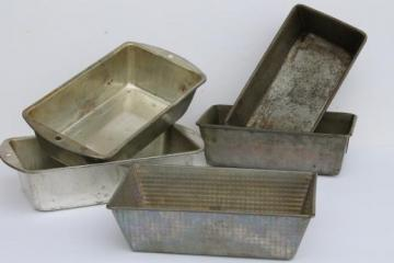 vintage metal bread pans, Bake King / Ovenex loaf pans, primitive antique bread pans