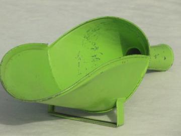 vintage metal kitchen scoop, dry goods flour bin scoop w/ lime green paint
