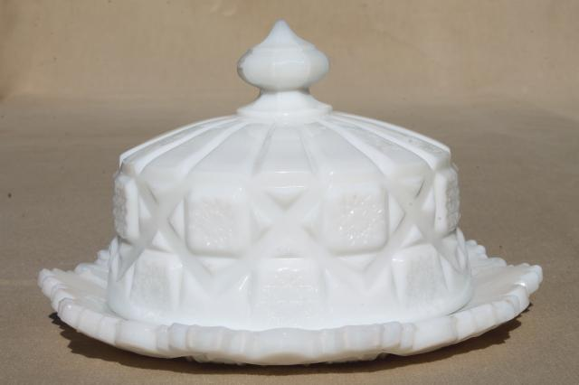 vintage milk glass old quilt round cheese or covered butter dish