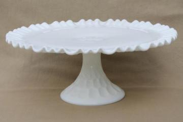 Milk Glass Dessert Stand Milk Glass Stand Dessert Table Dessert Bar White Stand Footed Pedestal Stand Banana Bowl Cupcake Stand Cake Stand