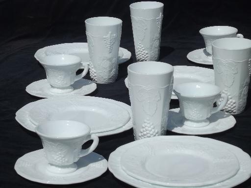 vintage milk glass dishes set for 4, Indiana harvest grapes milk glass