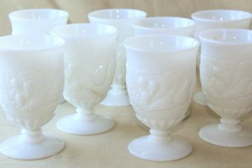 vintage milk glass drinking glasses set of 8, Westmoreland Della Robbia fruit pattern