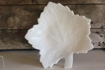 vintage milk glass, pebble leaf pattern tray or serving plate, Westmoreland maple leaf