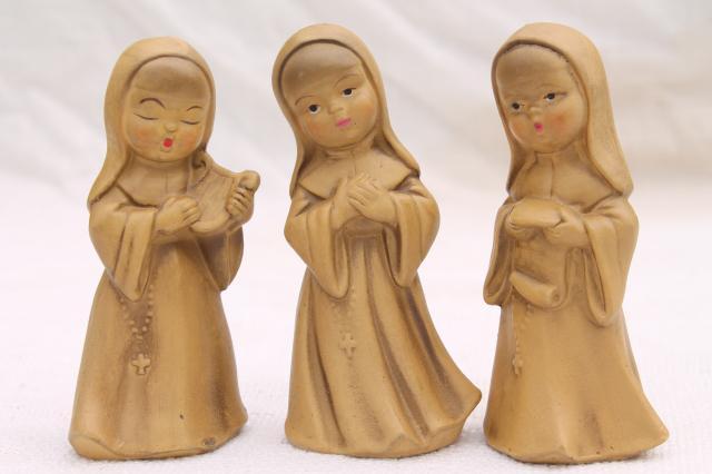 vintage nun figurines, composition or papier mache nuns creche figures