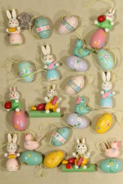 vintage painted wood Easter ornaments, mini size decorations for tabletop tree