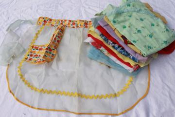 vintage party apron lot, retro hostess aprons in sheer organdy & pretty print cotton fabric