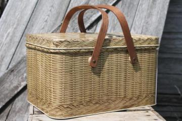 vintage picnic basket tin, Decoware wicker print metal picnic hamper w/ wood handles