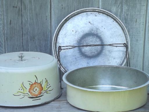 vintage pie & cake keeper tin, cake saver carrier for picnics, potlucks