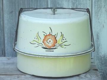 vintage pie & cake keeper tin, cake saver carrier for picnics, potlucks