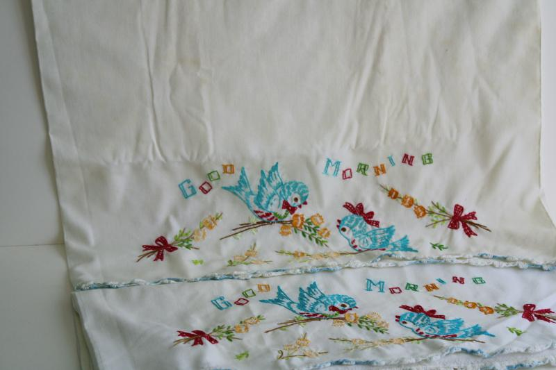 vintage pillowcases w/ embroidery & lace, lot of linens for upcycle sewing projects