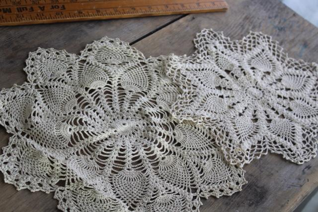 vintage pineapple crochet lace doilies & centerpieces, round & oval crochet doily lot