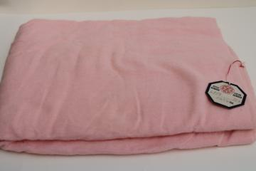 vintage pink cotton flannel fabric w/ original tag, never laundered 26