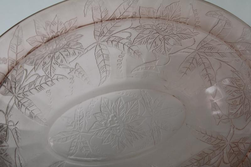 vintage pink depression glass oval bowl, Jeannette glass poinsettia floral pattern