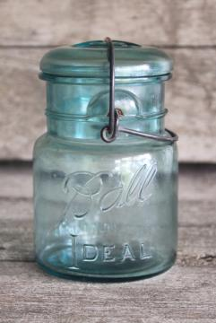 vintage pint size blue glass mason jar w/ bail lid, Ball Ideal 1908 patent date